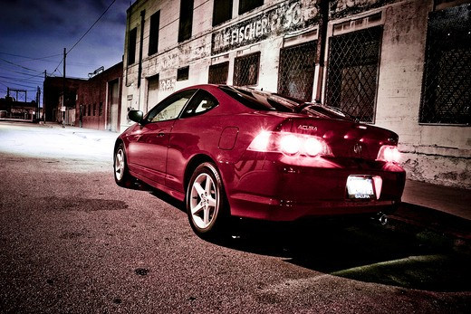 2004 RSX 8 rsx8 in the city a rundown city : Stock Photo