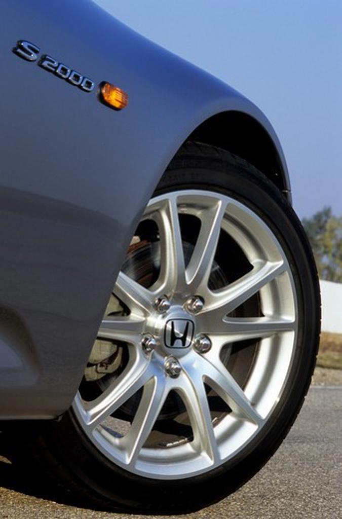 Stock Photo: 4093-12956 detail Honda S2000 2004 silver wheel tire brake caliper rotor turn signal