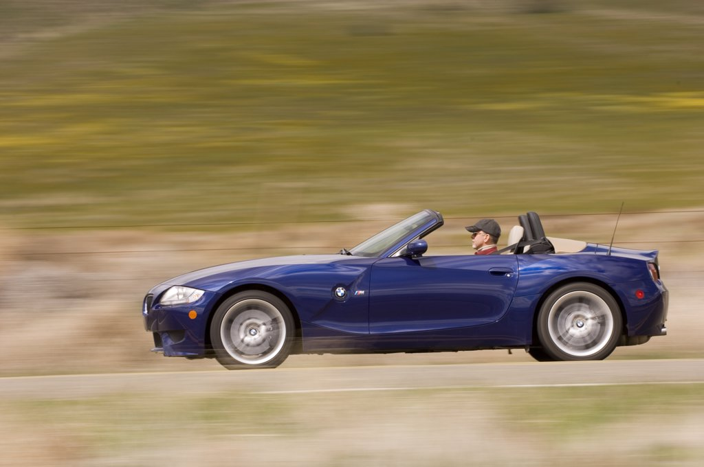 Stock Photo: 4093-13666 2007 dark blue BMW M Roadster
