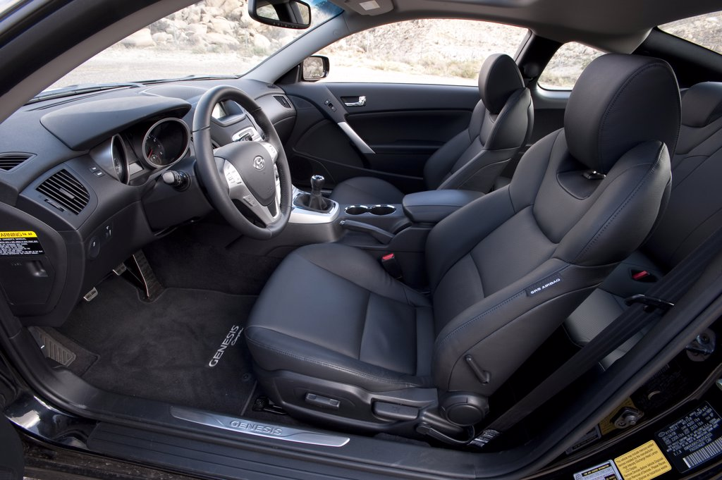 2010 Hyundai Genesis Coupe 3.8 V-6 interior, side view : Stock Photo