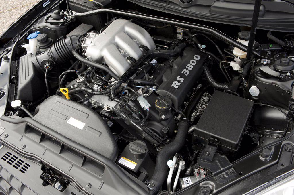2010 Hyundai Genesis Coupe 3.8 V-6 close-up of engine : Stock Photo