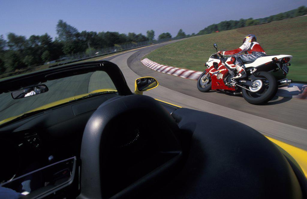 Bike Honda S2000 CBR600F4i 2002 street : Stock Photo