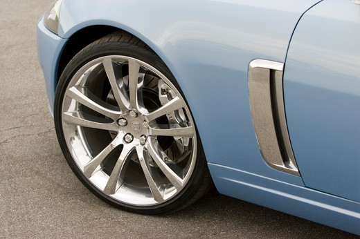 Stock Photo: 4093-16351 detail Jaguar Advanced Lightweight Coupe light blue wheel chrome