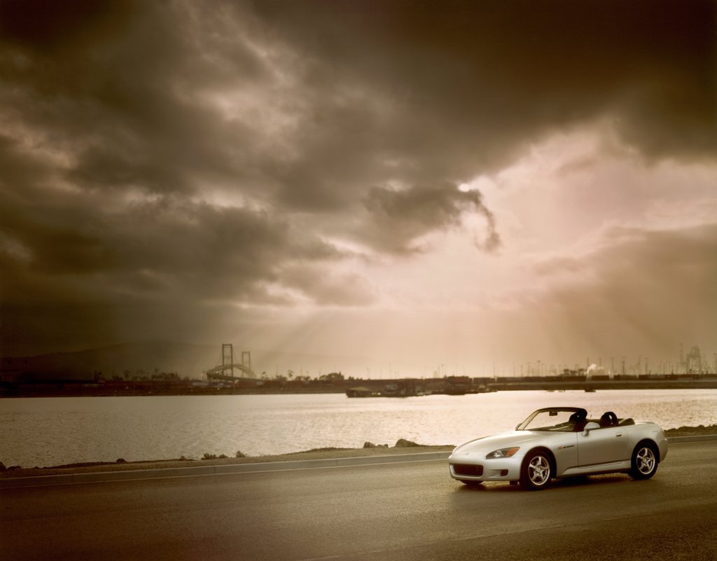 Honda S2000 2001 white harbor street : Stock Photo