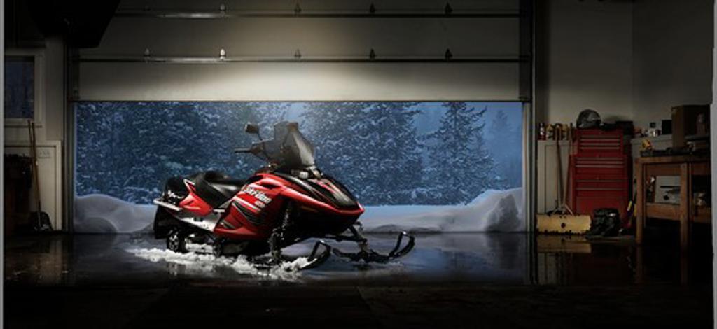 Stock Photo: 4093-17821 2006 Ski-Doo Skidoo Bombardier BRP GSX snowmobile snow mobile
