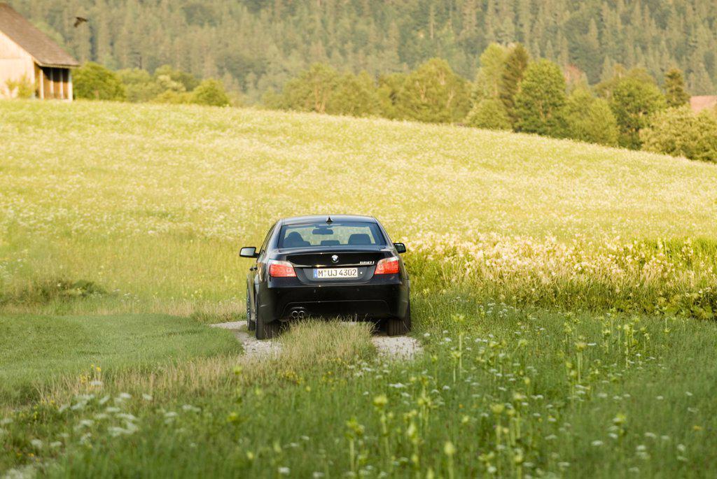 Stock Photo: 4093-18258 2006 BMW 550i 4 door Black