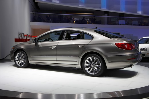 Stock Photo: 4093-20113 2009 Volkswagen Passat CC Detroit Auto Show