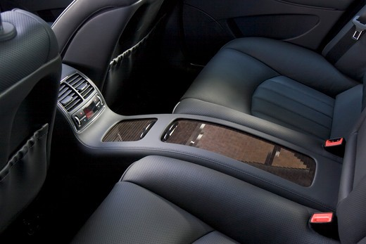 interior Mercedes Benz CLS 500 2005 grey leather backseat wood trim console vents : Stock Photo