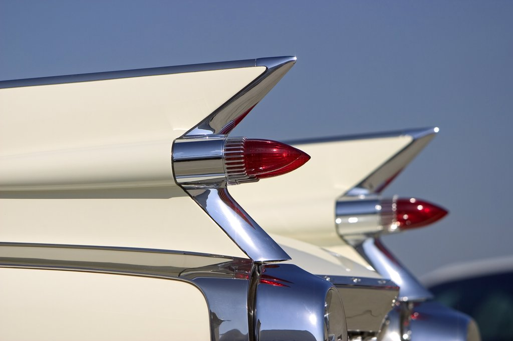 detail Cadillac Eldorado 1959 1950s white tail fins tail lights chrome bumper : Stock Photo