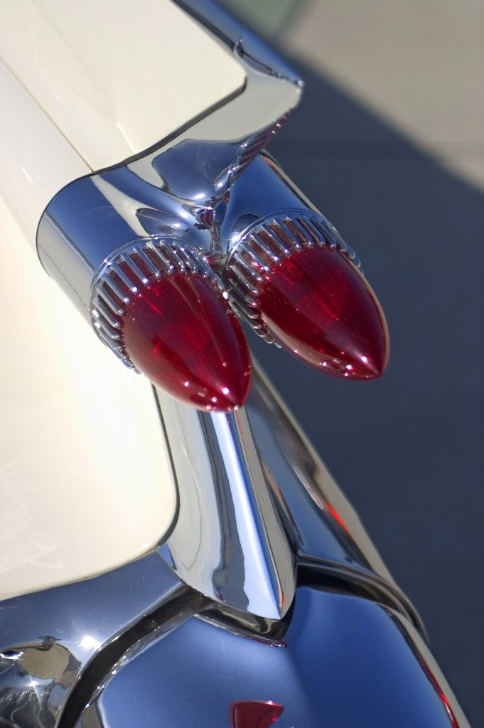 detail Cadillac Eldorado 1959 1950s white tail fin tail lights chrome : Stock Photo