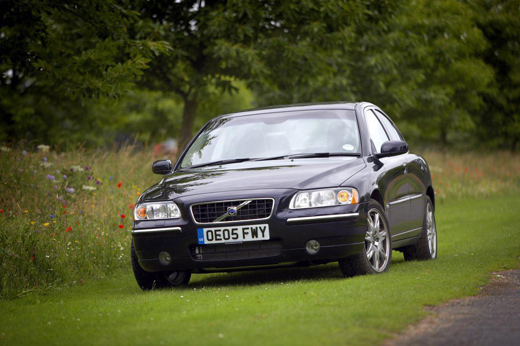 Stock Photo: 4093-4841 Swedish Manufacturers,2006 Volvo S60 Dark Blue