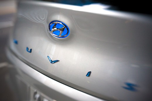 2009 Hyundai HCD-11 Nuvis Concept car, close-up of trunk logo : Stock Photo