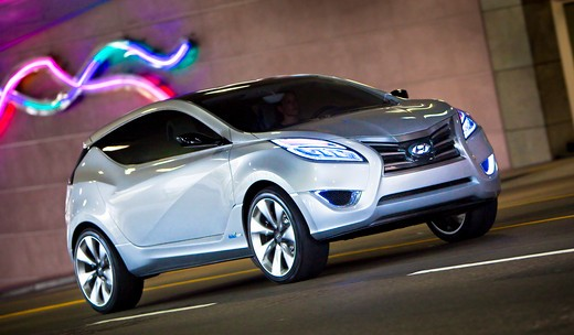 2009 Hyundai HCD-11 Nuvis Concept car parked on city road, front 3/4 : Stock Photo