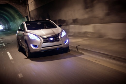 Stock Photo: 4093-6137 2009 Hyundai HCD-11 Nuvis Concept car driving through tunnel, front 3/4