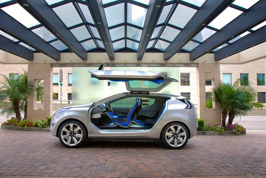 2009 Hyundai HCD-11 Nuvis Concept car parked under glass roof, side view : Stock Photo
