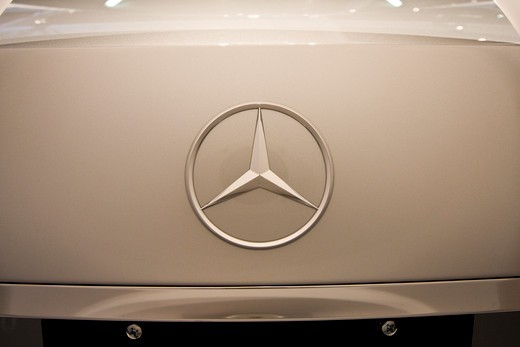 detailed view of Mercedes Benz badge : Stock Photo