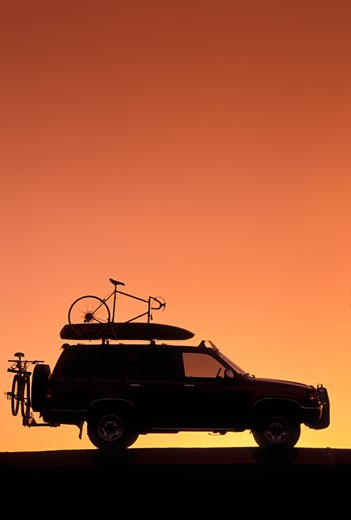 Toyota 4Runner Sports Rack cargo box silhouette : Stock Photo