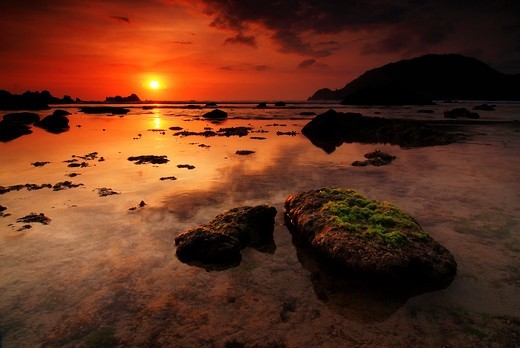 Stock Photo: 4094R-35037 Sunset along the rocky coast.