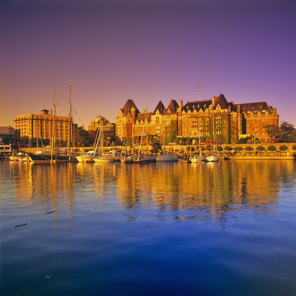 Hotel at the waterfront, Empress Hotel, Victoria, British Columbia, Canada : Stock Photo