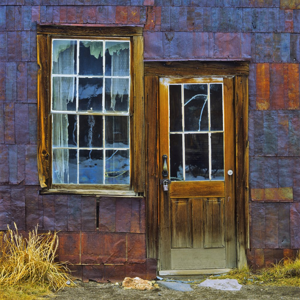 Entrance on an abandoned house, Bodie Ghost Town, California, USA : Stock Photo