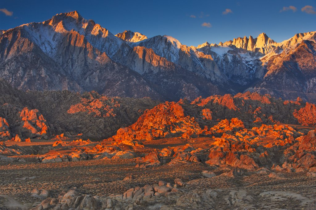 Panoramic view of mountains, Alabama Hills, Mt Whitney, Californian Sierra Nevada, California, USA : Stock Photo