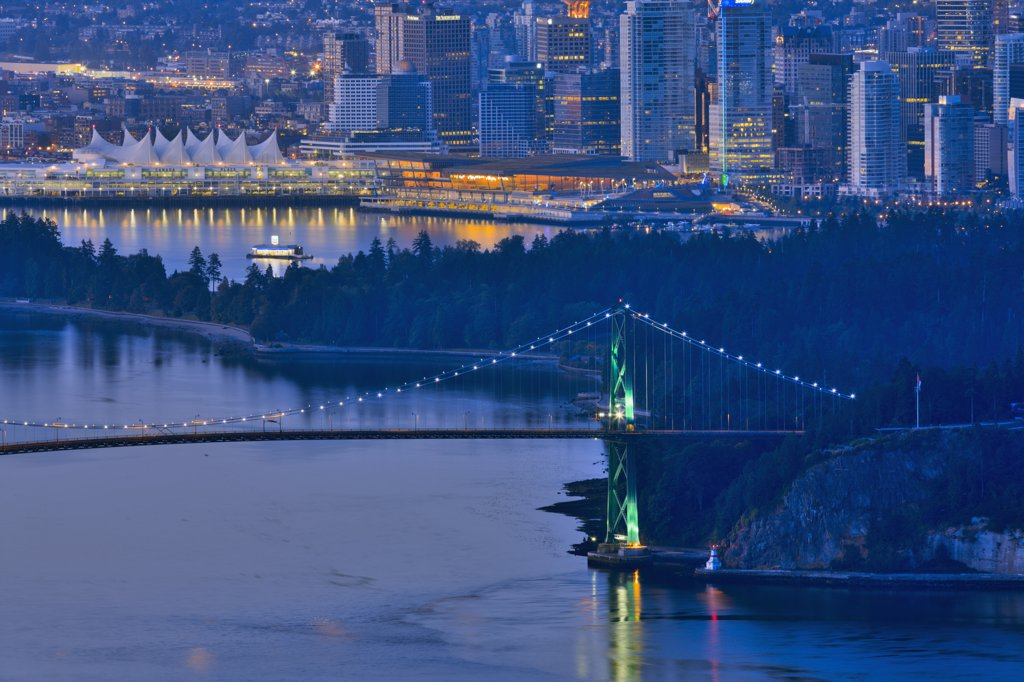 Stock Photo: 4097-2513 Bridge over the sea, Lions Gate Bridge, Burrard Inlet, Stanley Park, Vancouver, British Columbia, Canada