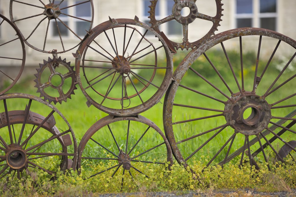 Wagon wheel fence in a field, Palouse, Washington State, USA : Stock Photo