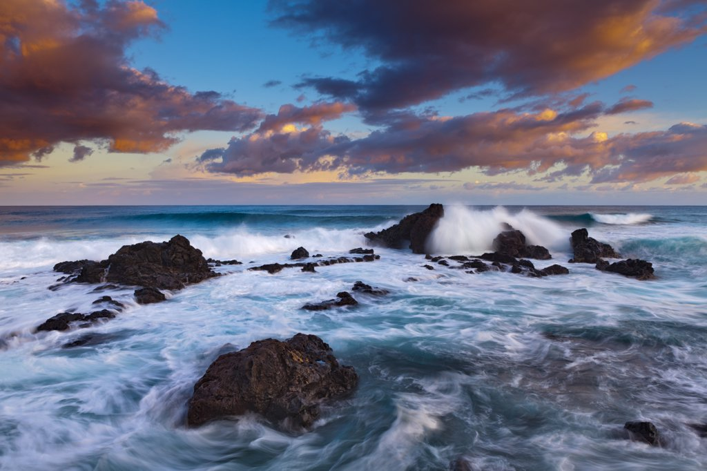 Rock formations in the ocean, Hookipa Beach, Maui, Hawaii, USA : Stock Photo