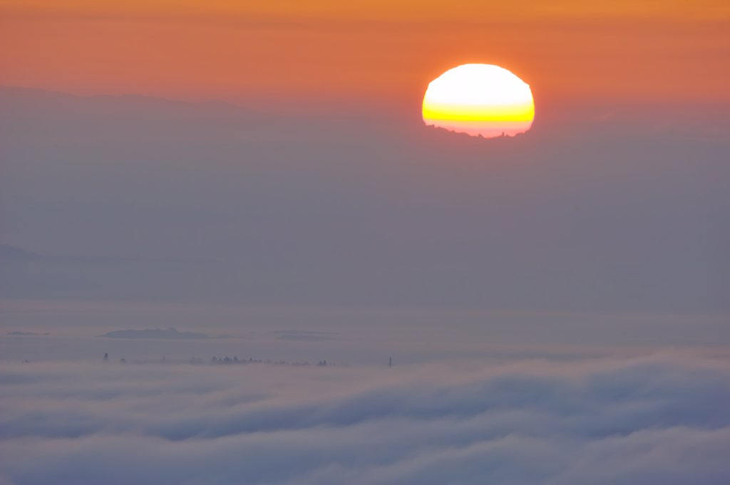 Stock Photo: 4097-3596 Sunrise, San Juan Islands, Vancouver Island, British Columbia, Canada