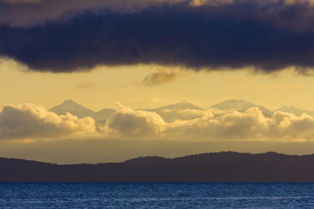 Stock Photo: 4097-3780 Clouds over the Pacific Ocean, Qualicum Beach, Saanich Peninsula, Victoria, British Columbia, Canada