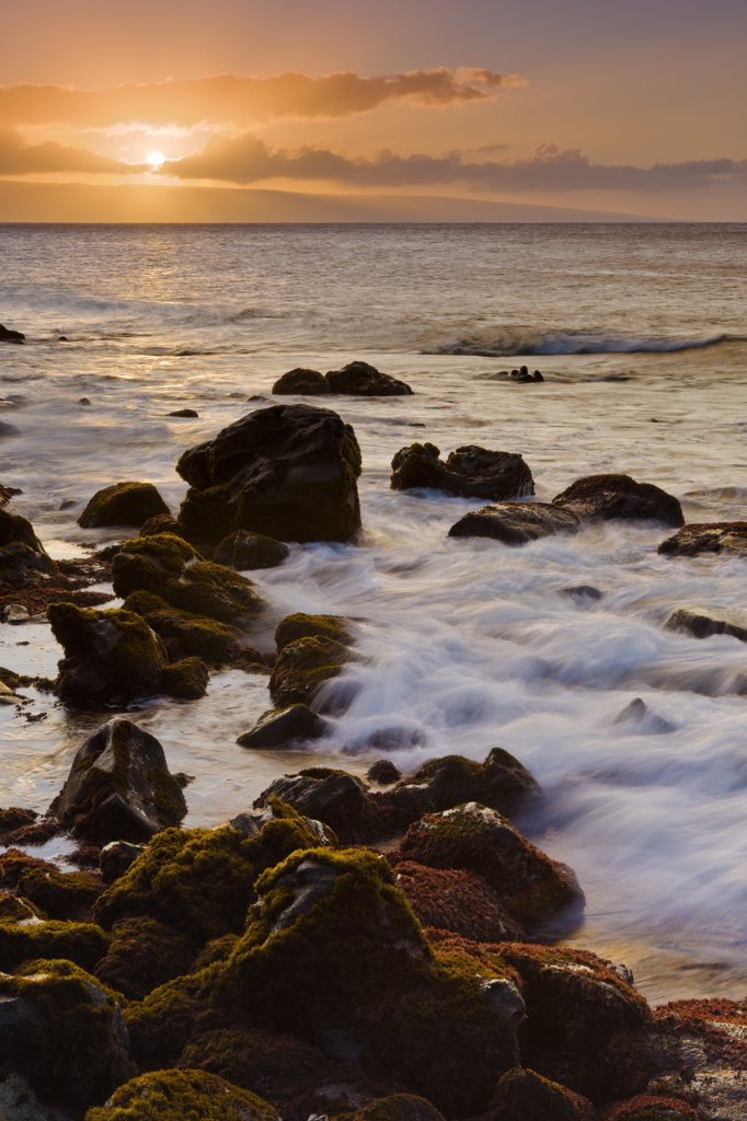Stock Photo: 4097-4298 Ocean at sunset, Lanai, Kahana, Maui, Hawaii, USA