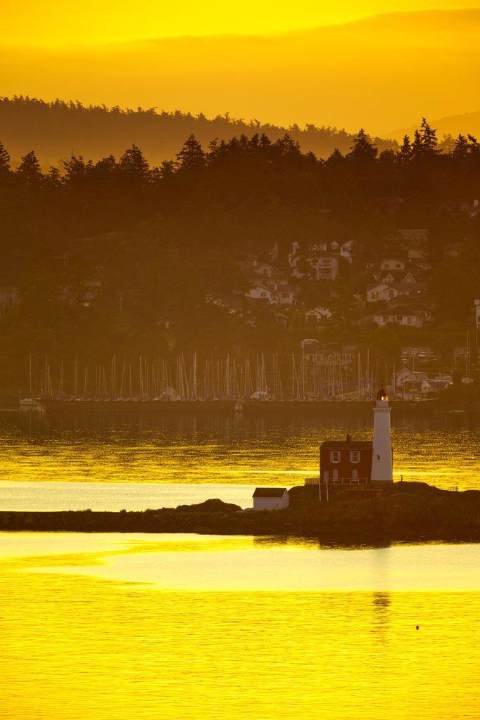 Canada, Vancouver Island, Fisgard Lighthouse at sunrise : Stock Photo