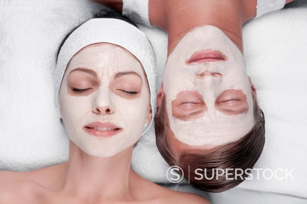 Stock Photo: 4105-1184 Couple with face pack on their faces