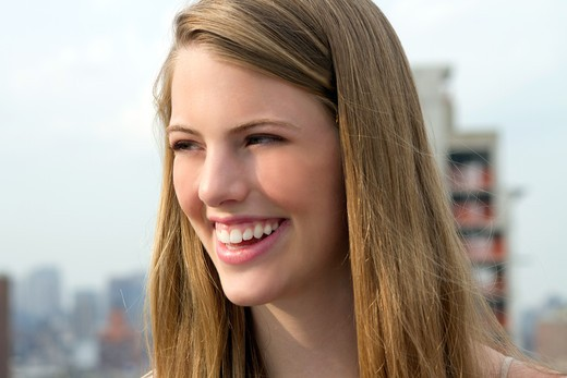 USA, New York, Manhattan, Portrait of young woman : Stock Photo