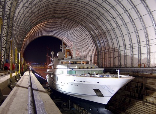 Motor yacht 'Maridome' in covered dry dock, Malta. : Stock Photo