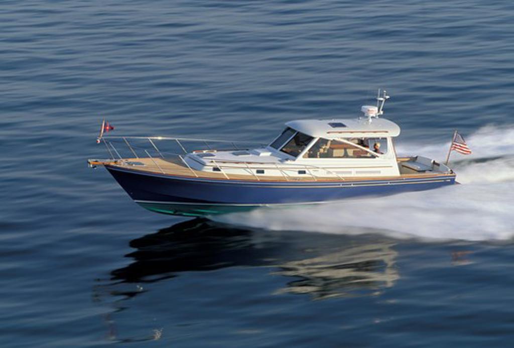 Little Harbor Whisperjet powerboat cruising. : Stock Photo
