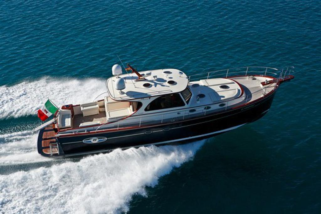 Portland 55 motoryacht, built by Abati yachts, cruising the Mediterranean. Tuscany, Italy. : Stock Photo