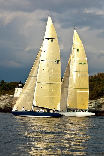 Yachts sailing near the Castle Hill lighthouse, 12 Metre World Championships, Newport, Rhode Island, USA. September 2009. : Stock Photo
