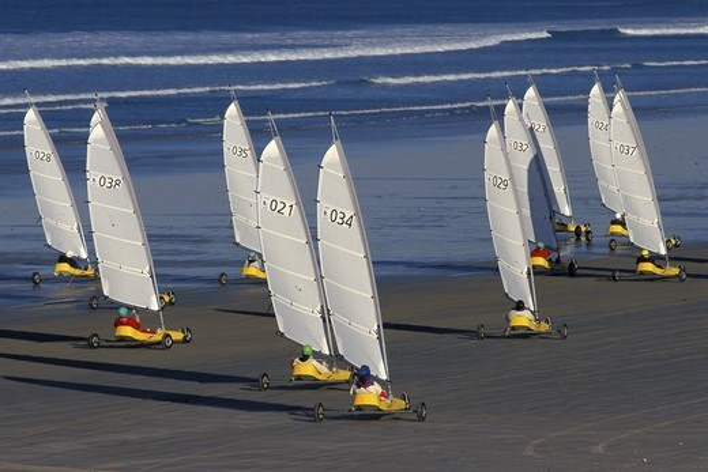 Stock Photo: 4115-526 Land-sailing / sail-carting  (Char ? voile) on the beach during Festival de la Glisse, La Torche, Brittany, France. 1997