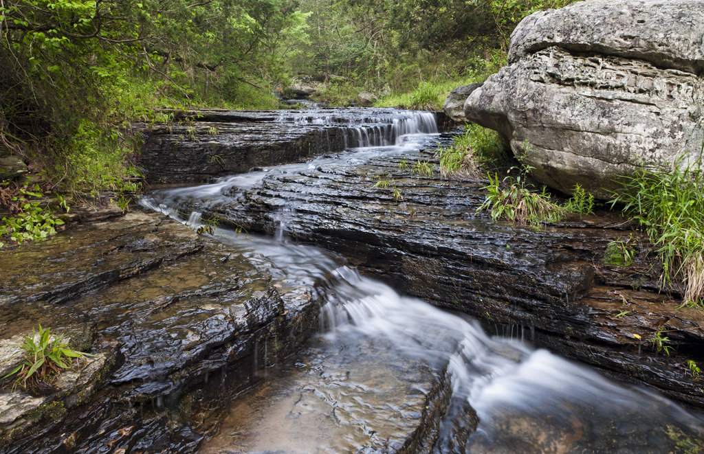 Stock Photo: 4116-566 Stream cascading over shale rocks, Arkansas, USA