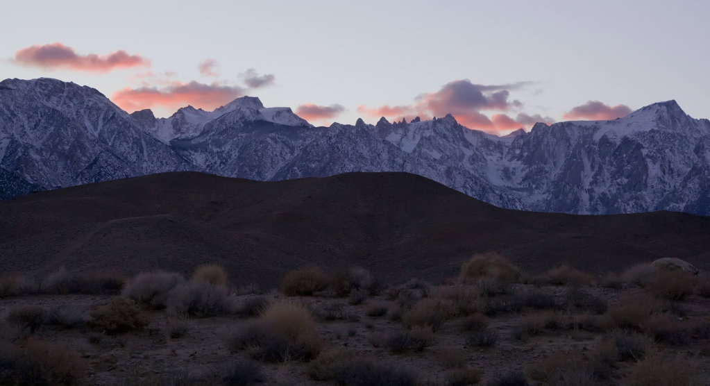 Stock Photo: 4116-619 USA, California, Sunset color in clouds over Sierra Crest