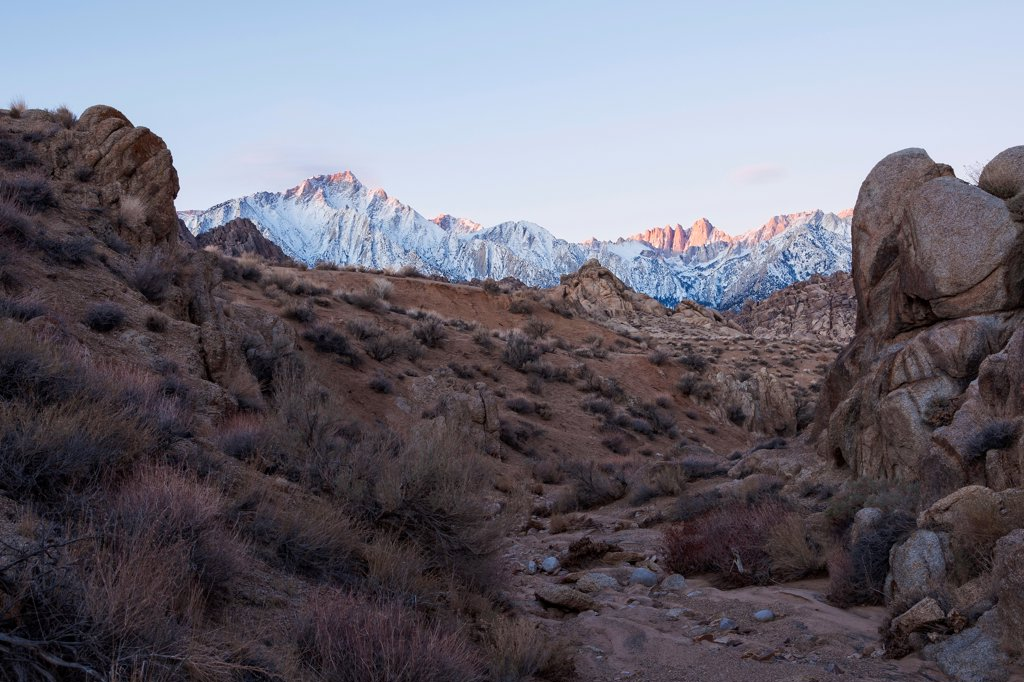 USA, California, Morning's first light on Mt. Whitney and Lone Pine Peak : Stock Photo