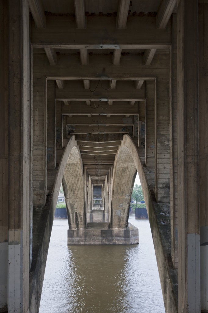 Stock Photo: 4116-864 Underside of the Broadway Bridge, Little Rock, AR