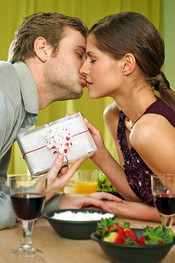 Stock Photo: 4123-1142 Couple having romantic dinner