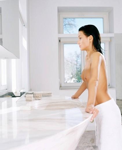 Stock Photo: 4123-13149 Woman in bathroom