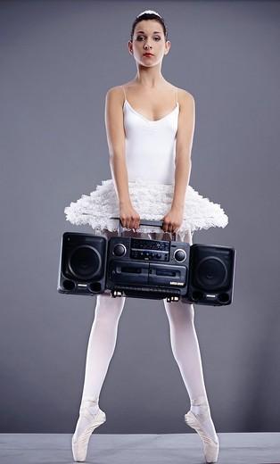 Stock Photo: 4123-23380 Ballerina with radio