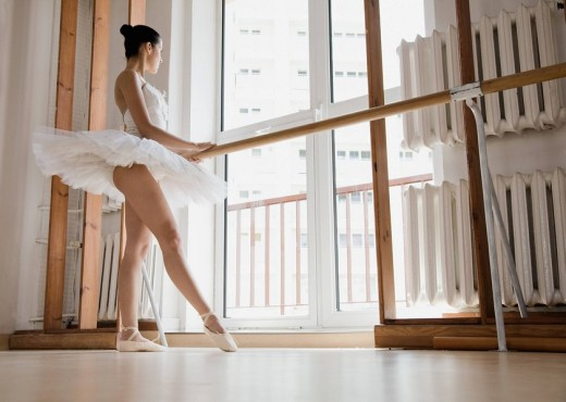 Stock Photo: 4123-28807 Ballet dancer rehearsing in the gym