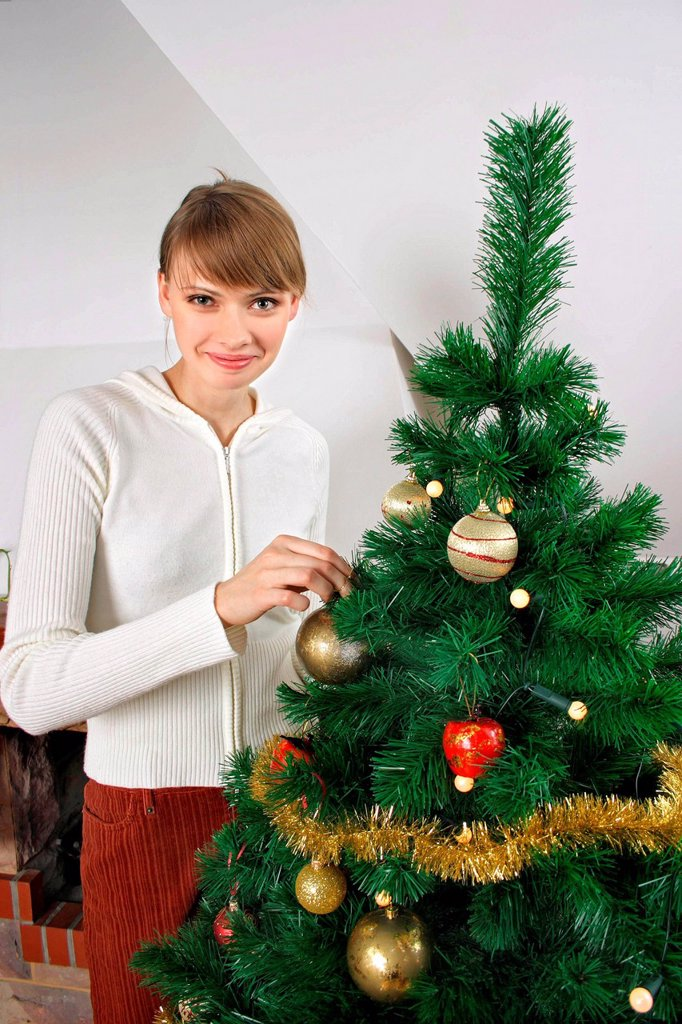 Stock Photo: 4123-40707 Girl on Christmas Eve.
