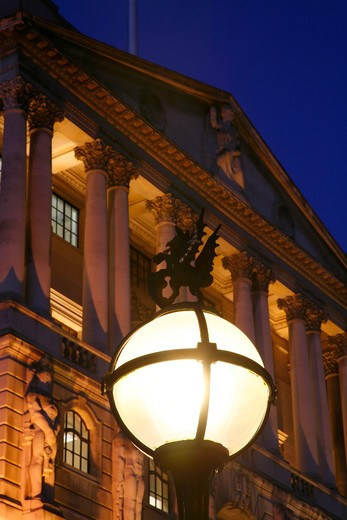 Dragon gaslight in front of the Bank of England, City of London, UK : Stock Photo