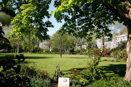 Gardens inside Onslow Square, Brompton, London, UK : Stock Photo